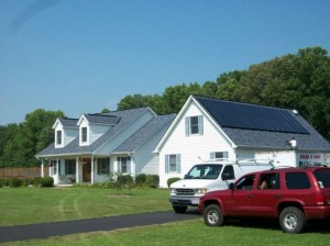 icon solar panels on home